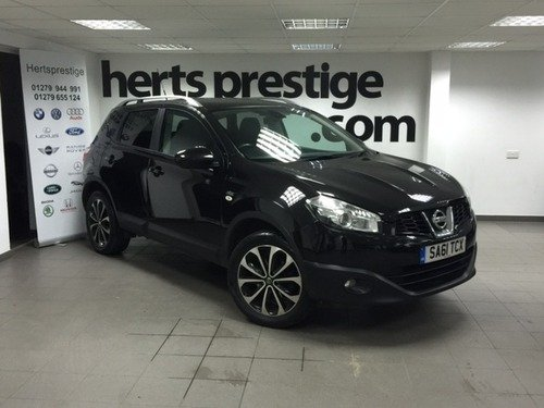 Nissan Qashqai 1.6 N-TEC + Panoramic Sunroof/ Navigation/ Camera/ Bluetooth