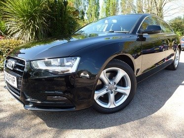 Audi A5 2.0 TDI SE TECHNIK 177PS