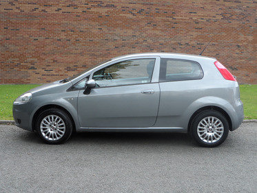 Fiat Punto 1.4 SOUND