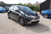 Toyota AYGO VVT-I X-CLUSIV X-SHIFT ONLY 10,150 MILES ! FULL SERVICE HISTORY ! TOP SPEC MODEL !