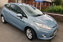 Ford Fiesta ZETEC/ 5 Services stamps
