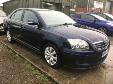 Toyota Avensis 1.8 VVTI COLOUR COLLECTION