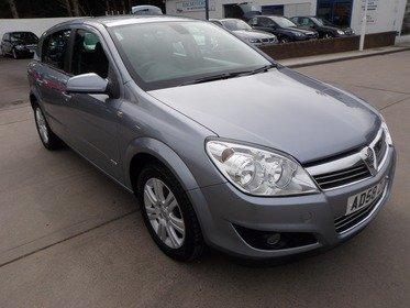 Vauxhall Astra 1.8I 16V VVT DESIGN