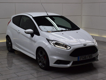 Ford Fiesta 1.6T ECOBOOST ST-3