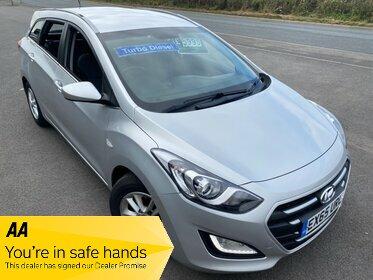 Hyundai I30 1.6 CRDI DIESEL SE BLUE DRIVE ESTATE £20 ROAD TAX £29 WEEK NO DEPOSIT  BLUETOOTH CRUISE PARKING SENSORS CD/MP3/USB A/C ALLOYS