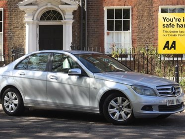 Mercedes C Class C200 CDI BLUEEFFICIENCY EXECUTIVE SE FULL SERVICE HISTORY