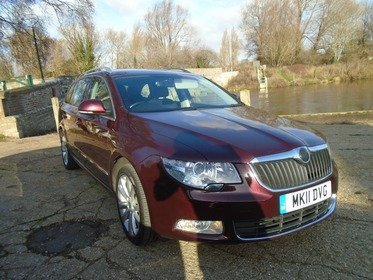 Skoda Superb 2.0 TDI CR SE DSG 140PS