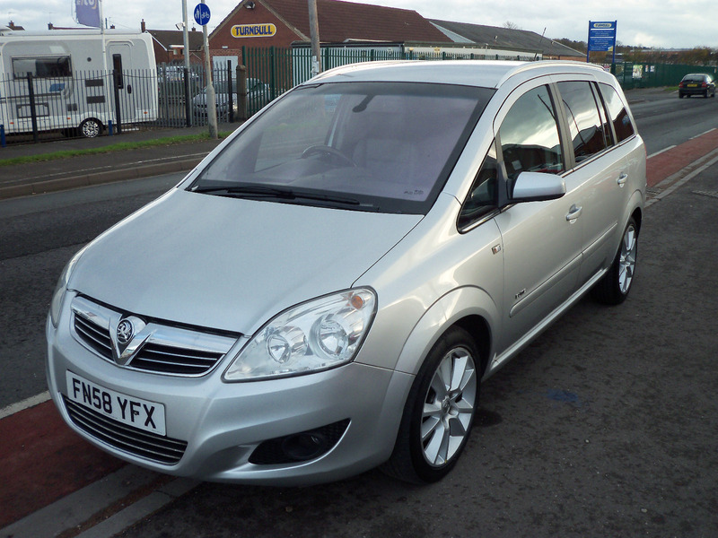 vauxhall zafira 1 9cdti elite dpf 150ps mick dwane. Black Bedroom Furniture Sets. Home Design Ideas