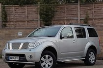 Nissan Pathfinder DCI SE