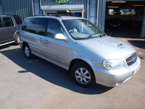 Kia Sedona SE, REAR ENTERTAINMENT, FULL SERVICE HISTORY