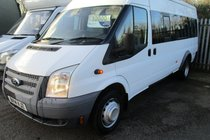 Ford Transit 430 SHR BUS 17 STR