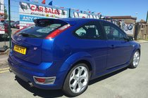 Ford Focus 2.5 ST-2 3DR 2006 **WARRANTED 96,294 MILES **HPI CLEAR **MATCHING BLUE RECARO INTERIOR **12 MONTH MOT INCLUDED **PX WELCOME