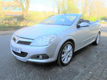Vauxhall Astra Twin Top Design Cabriolet