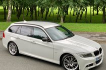BMW 3 SERIES 330d 3.0 M SPORT TOURING AUTOMATIC