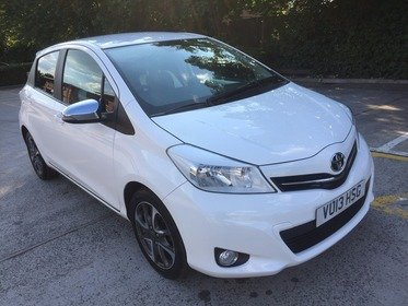 Toyota Yaris 1.3 VVT-I TREND**2 FORMER KEEPER*2 KEYS*MOT DUE 01/03/2018*FREE 6 MONTHS WARRANTY*FREE 12 MONTHS AA BREAKDOWN COVER*FINANCE AVAI