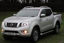Nissan Navara DCI TEKNA 4X4 SHR DCB - LEATHER - SAT NAV - 360 CAMERA
