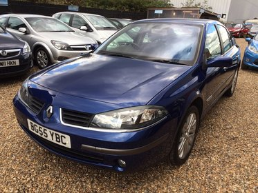 Renault Laguna 2.0 16v Dynamique 5dr*HPI CLEAR*VERY LOW MILEAGE*ONE FORMER KEEPER*12 MONTHS MOT*RECENT SERVICE*FREE 6 MONTHS WARRANTY