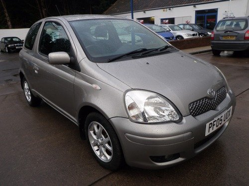 Toyota Yaris 1.3 VVT-I COLOUR COLLECTION