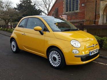 Fiat 500 1.2I LOUNGE S/S FULL FIAT SERVICE HISTORY (3 STAMPS)