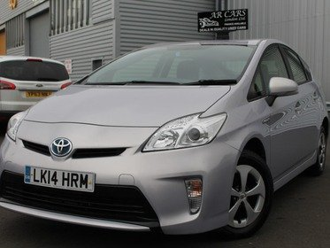 Toyota Prius T4 Vvt-i   Sat Nav+Bluetooth+Reverse Parking Camera+12 M AA Cover