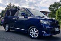 Toyota Voxy 2.0L PETROL AUTO 8 SEATS 5 DR