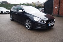 Volvo V60 DRIVE R-DESIGN START/STOP £30 TAX ! FSH ! SAT NAV+BLUETOOTH+MEDIA ! 1 FORMER OWNER !
