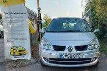 Renault Megane DYNAMIQUE VVT 111 SCENIC