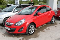 Vauxhall Corsa SXi 1.2i VVT - Stunning Corsa in brilliant Red - Great MPG 51+ - Low Tax & Insurance - Facelift Model - Looks and Drives Superb