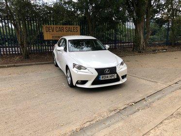 Lexus IS 300H SE