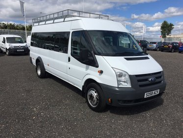 Ford Transit 17 SEAT MINI BUS