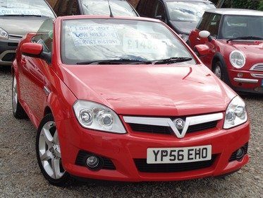 Vauxhall Tigra 1.8I 16V EXCLUSIV RED