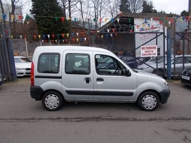 Renault Kangoo 1.6 16v Authentique 5dr MODIFIED FOR WHEEL CHAIR/RAMP 07/57