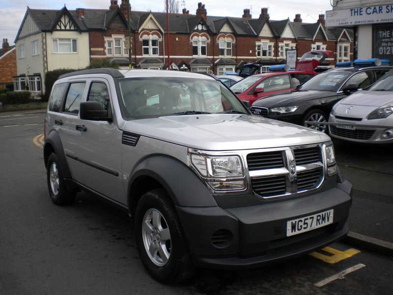 Dodge Nitro 2 8 Crd Se Man The Car Shop