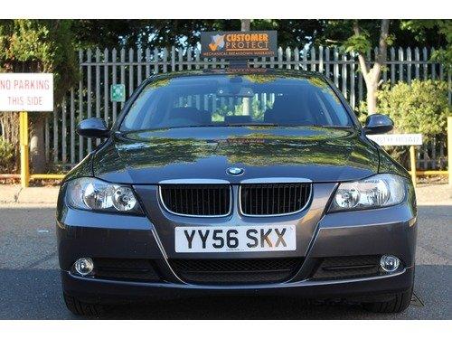 BMW 3 SERIES 318i ES 9 Services+2 Keys