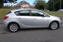 Vauxhall Astra EXCLUSIV++LOW MILEAGE WITH FULL SERVICE HISTORY READY TO GO++