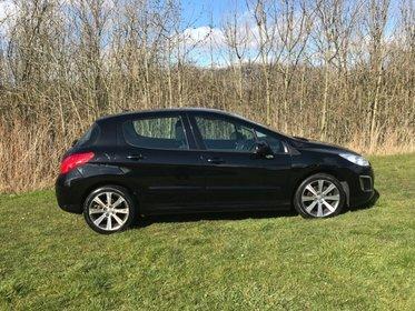 Peugeot 308 AUTOMATIC NAVIGATION DIESEL E-HDI ACTIVE NAVIGATION VERSION