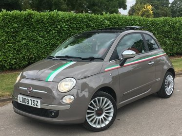 Fiat 500 1.3-16V MULTIJET SPORT ** PAN ROOF + RED LEATHER **
