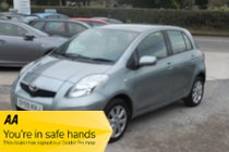Toyota Yaris VVT-I TR - LOW INSURANCE - ECONOMICAL- GREAT FUEL CONSUMPTION - IDEAL FIRST CAR - VERY CLEAN - SERVICE HISTORY