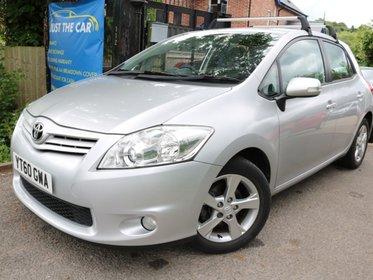 Toyota Auris 1.3 VVT-I TR