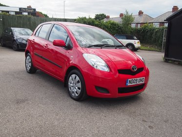 Toyota Yaris 1.3 VVT-I TR ONLY 40,046 MILES ! 1 OWNER ! £30 A YEAR TAX !  99% FINANCE APPROVAL !