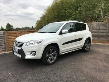 Toyota RAV4 2.2 D-CAT SR [Style Pack] 4x4 Station Wagon Automatic 5dr