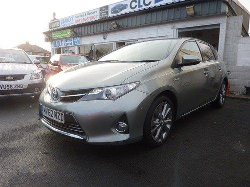 Toyota Auris Excel Vvt-i HYBRID
