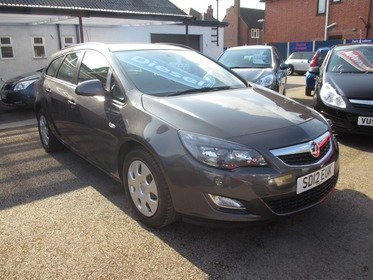 Vauxhall Astra 1.7CDTI 16V EXCLUSIV 110PS