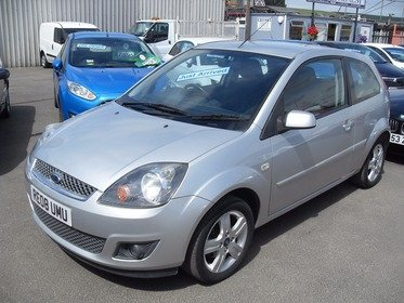 Ford Fiesta 1.25I 16V ZETEC CLIMATE, JUST ARRIVED