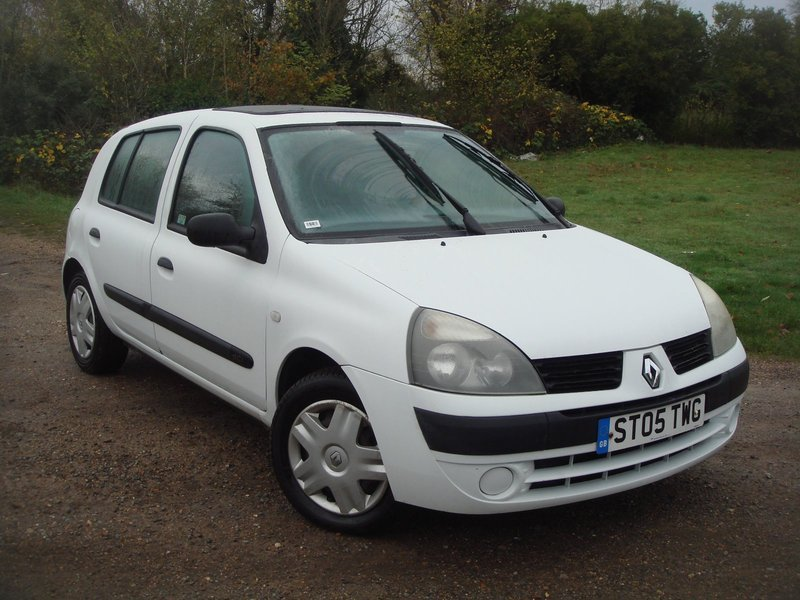 renault clio 1 5 dci 65 expression a c wilson wheels. Black Bedroom Furniture Sets. Home Design Ideas