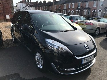 Renault Grand Scenic 1.5 DYNAMIQUE TOMTOM DCI 110 7 SEATS