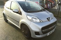 Peugeot 107 URBAN 1.0 5 DOOR 2011 *** LOW 52,546 MILES *** £20 ROAD TAX *** 12 MONTH MOT INCLUDED FOR THE NEW OWNER