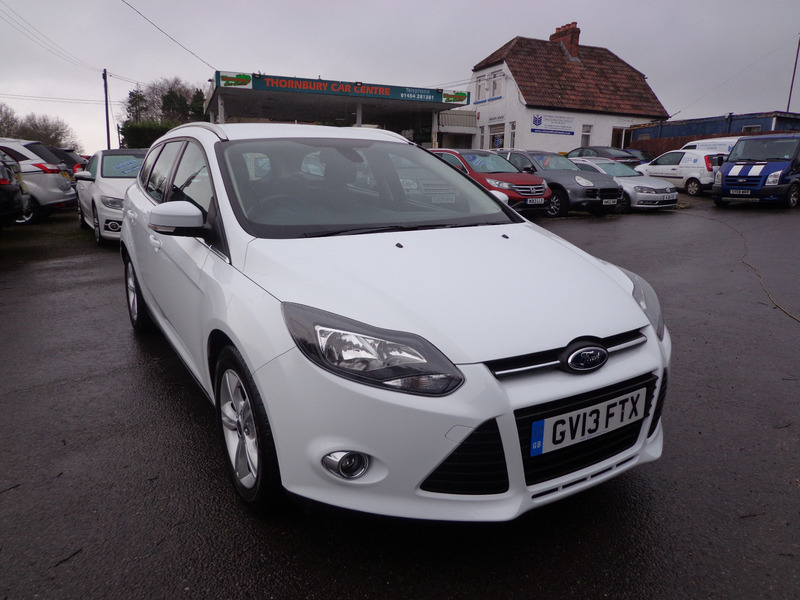 ford focus zetec 1 6 ti vct 125 ps thornbury car centre. Black Bedroom Furniture Sets. Home Design Ideas