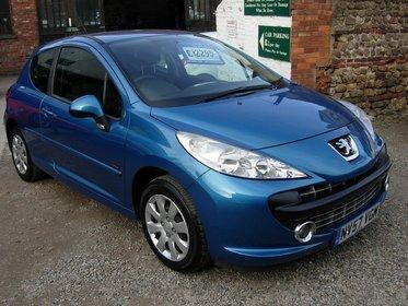 Peugeot 207 1.4 8V M:PLAY