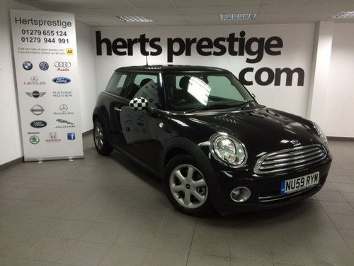 MINI One 1.4I 16V ONE + Air Con/ Alloys. MOT Until August 2017------Now SOld